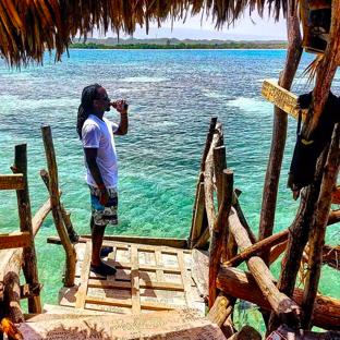 Treasure Beach, Jamaika, Pelican Bar