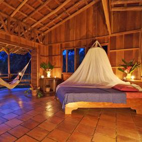 Bungalow der Oekolodge Selva Bananito, Provinz Limon. Die Verand