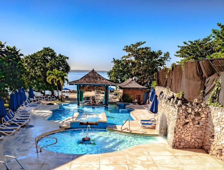 Ann, The TravelSlut loves Jamaica, Hedo, travel.. | Hedonism II | Pinterest | The ojays
